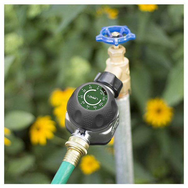 تایمر آبیاری اوربیت آمریکا مکانیکال مدل Pro Flo نصب شده در باغ