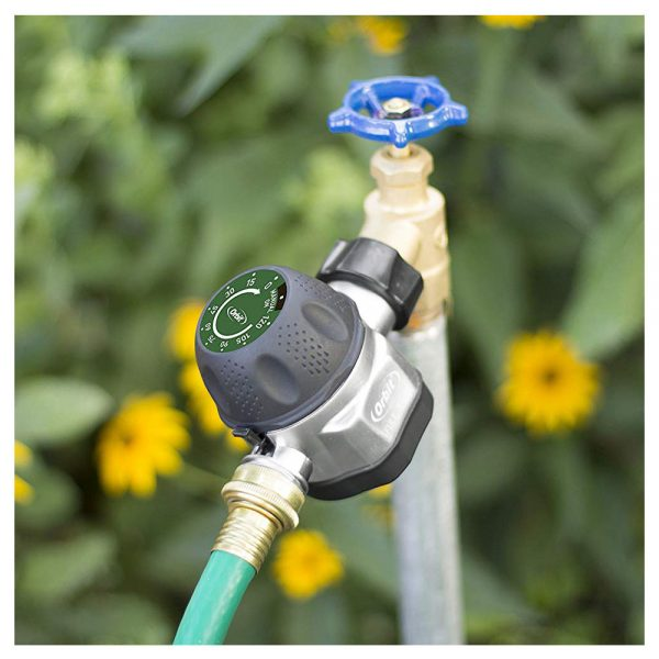 تایمر آبیاری اوربیت آمریکا مکانیکال مدل Pro Flo نصب شده در باغ - نمای 2